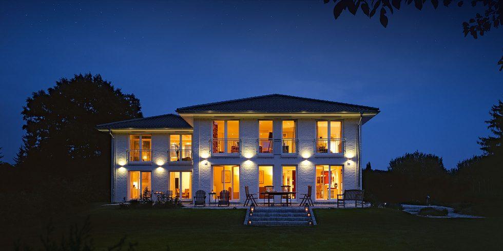 Stadthaus S 300 Doppelhaus Sommerabend